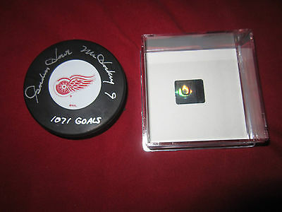 Gordie Howe Mr. Hockey 1071 goal signed Autographed Hockey Puck Coa and holo