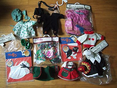 lot vanderbear wear outfit gypsy cat costume st patrick's day turkey muffy more