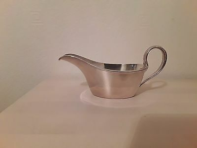 Lovely Silver Plated Walker & Hall 1/3 pt Sauce Boat. Late 1940's / early 50's.