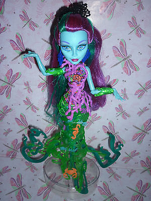 """Monster High """"Great Scarrier Reef, Down Under Ghouls"""" Posea Reef Doll inc Diary"""