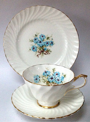 Aynsley English China Teacup Saucer Tea plate Trio White Blue Cornflowers Ribbed