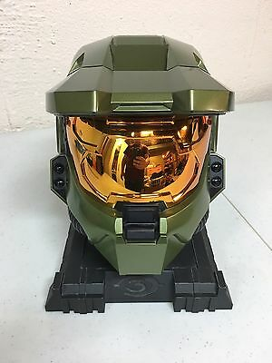 Halo 3 Legendary Edition Collectors Helmet And Stand