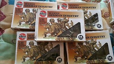 Airfix soilders 1/ 32 Modern German Infantry 1986 price is for 1 box