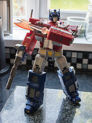 Transformers Masterpiece Optimus Prime MP-1 Convoy with box
