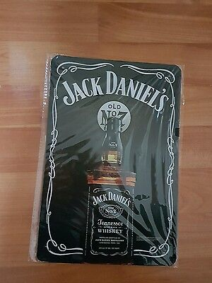 BRAND NEW Jack Daniel's Old No7 Bottle  Metal Sign -UK Seller
