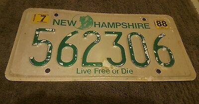 Vintage 1985 Original NEW HAMPSHIRE License Plate 562306 NH