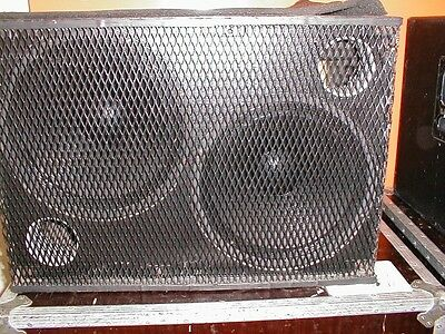 """Pair of Meyersound USW-1 subwoofer 2x15"""" bass speaker     subs B2 controller USW"""