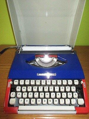very rare Typewriter MÄDI 2000 in France Tri-color blue-white-red 1970s
