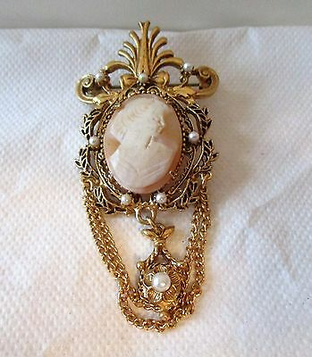 estate Florenza Cameo brooch Victorian style with pearls