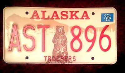 1976 Alaska State Trooper Police Standing Grizzly Bear License Plate Mint Tag