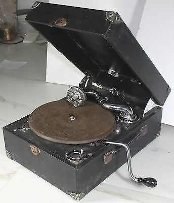 Vintage Columbia Model No 9000 portable gramophone working stock code# gp3
