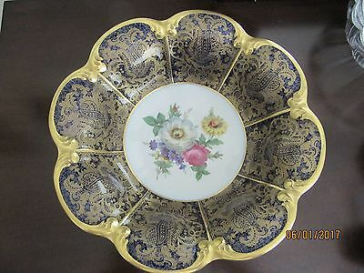 Vintage Tirschenreuth Scalloped Serving Bowl --- TIR 94