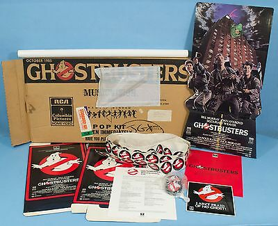 GHOSTBUSTERS Original 1985 Video VHS Standee Display Box Stickers Buttons Poster