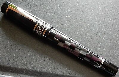 Taccia Premiere Amethyst Stripes Fountain Pen M or F nib