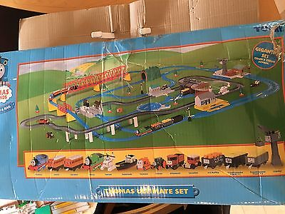 Tomy Thomas & Friends Motor Road & Rail Gigantic Ultimate Set