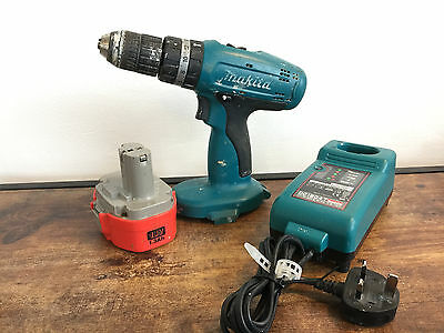 MAKITA 8390D 18v COMBI DRILL, BATTERY &  CHARGER
