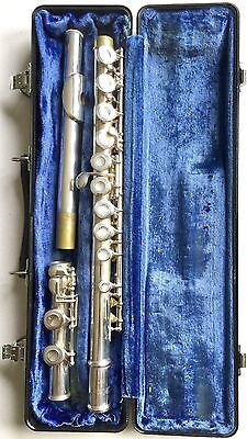 Excellent Selmer Usa Student Model Flute With Hard Travel Case