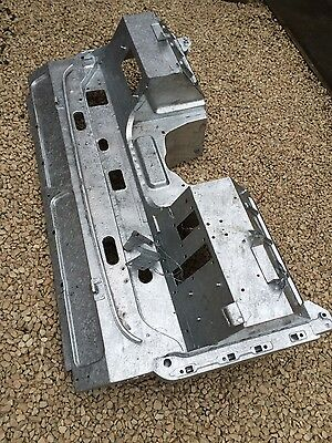 Land Rover (Galvanised) Bulkhead