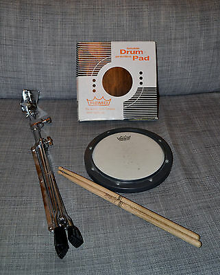 Pack Pad d'entrainement Remo 8'' + Stand Stagg LPPS-25R + Baguettes Promark 5A
