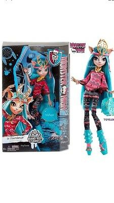 Monster High Isi Dawndancer Brand -Boo Students Fashion Doll