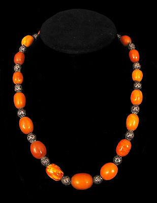 ANTIQUE CHINESE AMBER NECKLACE EGG YOLK BUTTERSCOTCH W SILVER FILIGREE BEADS 55g