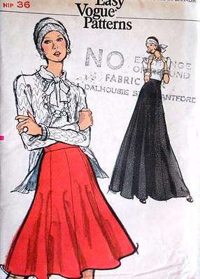 1970's Vogue Sewing Pattern 8517 UNCUT Misses Skirt Fitted & Flared Gored