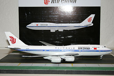 Gemini Jets 1:200 Air China Boeing 747-8 B-2486 (G2CCA506)