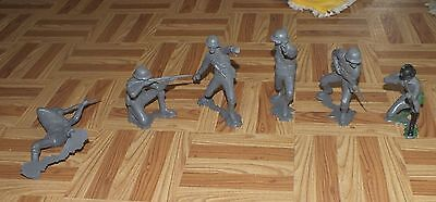Lot MARX 1963 6 INCH GERMAN ARMY SOLDIERS Fighting Rifle Hand Grenade Toy War
