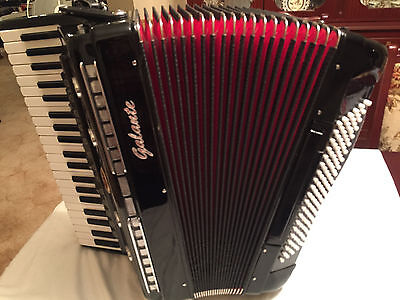 "Galante PIANO ACCORDION 120 BASS  4 Reeds 19"" full size keyboard, as  new."
