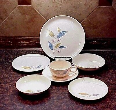 Vintage Salem Biscayne Dinnerware 28 Pieces Setting for 4 Turquoise Tan Design