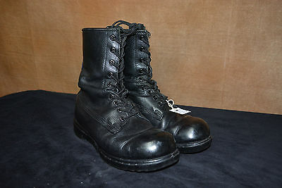 Used Canadian military combat boots size 3.5E (N1)