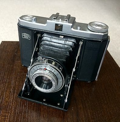Zeiss Nettar 517/16 6X6 120 Film Folding Camera.