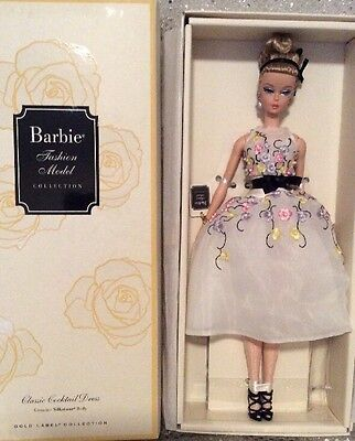Classic Cocktail Dress Silkstone Barbie Doll  2015 Gold Label Dgw56 Mint Nrfb