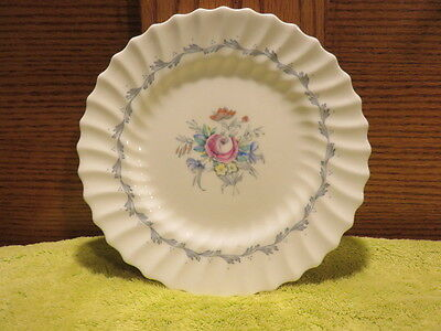 "Royal Doulton England ""The Chelsea Rose"" Bone China Bread Plate M4801"