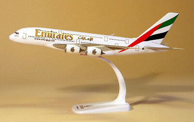 Emirates Airlines Airbus A380 1:250 Herpa Snap-Fit 607018-001 Modell A380-800
