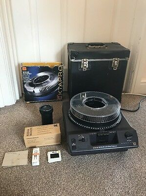 Kodak Ektalite 500 Slide Projector With Slide Tray & Cable Remote Control VGC