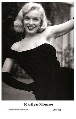 MARILYN MONROE actress PIN UP PHOTO postcard 201/498 Film Star 2000 Mint