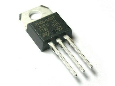 [10 pcs] STM BTA06/600T Triack 600V 6A Logic Level TO220AB