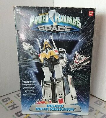 Power Rangers in Space Delta Megazord 100% complete
