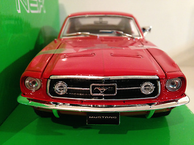 Ford Mustang GT 1967 RED Welly 22522 NEW 1:24 Scale