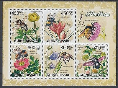 XG-AF034 GUINEA-BISSAU - Insects, 2009 Flowers, Bees, Nature MNH Sheet