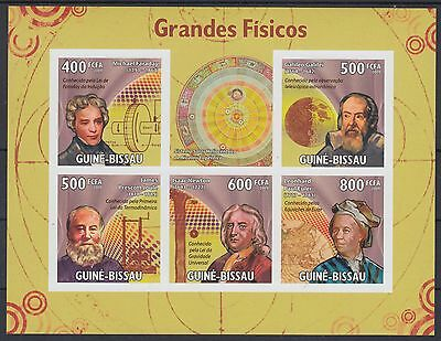XG-AF054 GUINEA-BISSAU - Science, 2009 Physicians, 5 Values Imperf. MNH Sheet