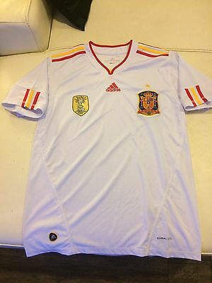 Spain 2010 World Cup  soccer jersey New No Tag Small