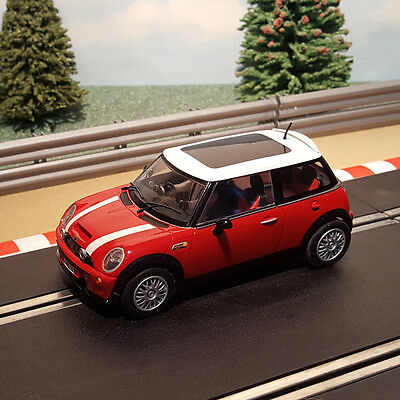 Scalextric 1:32 Car - C2538 Red Mini Cooper With White / Black Roof *LIGHTS*