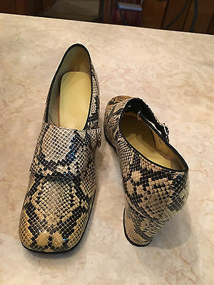 True Vintage 1950's-1960's Snakeskin Shoes Rockabilly Heels mod retro buckle hip