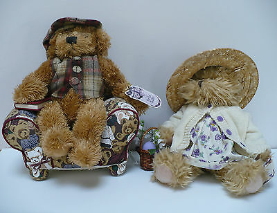 Avon Hat Box Teddies Violet in Easter Dress and Chester with Comfy Chair