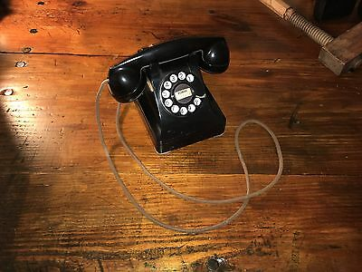 Working Rotary Telephone with Original Cloth Cord
