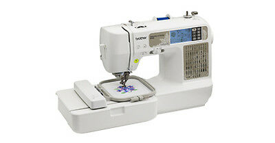 Brother SE425 Computerized Sewing Machine