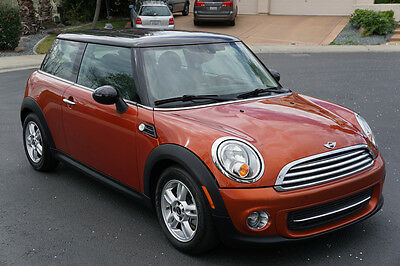2013 Mini Cooper Coupe 2-Door 2013 MINI COOPER, ONLY 18K MI, PANORAMIC ROOF, DON'T MISS!