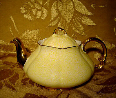 Vintage Ellgreave Yellow And Gold Teapot #1997 Made In England